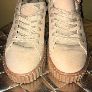 🏉ASOS sneakers